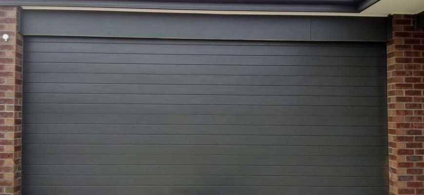 Doors motors fabricant et distributeur de porte de - Porte de garage sectionnelle gris anthracite ...